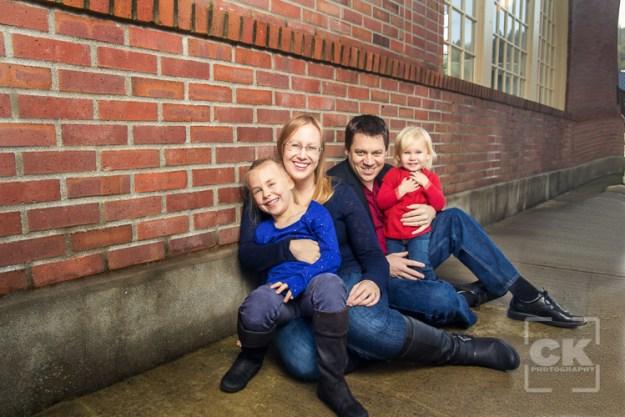Chris Kryzanek Photography - Astoria Family Session Riverwalk Train Station