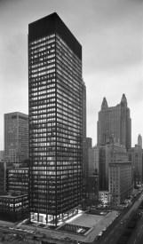mies_van_der_rohe_seagram_building_chicago2_jpg