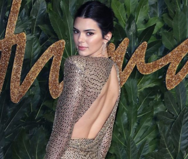 29 Red Carpet Dresses You Couldnt Really Eat Drink Or Sit Down In