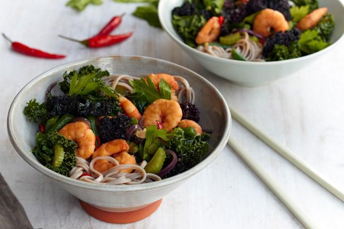 sirt food diet asian king prawn stir-fry