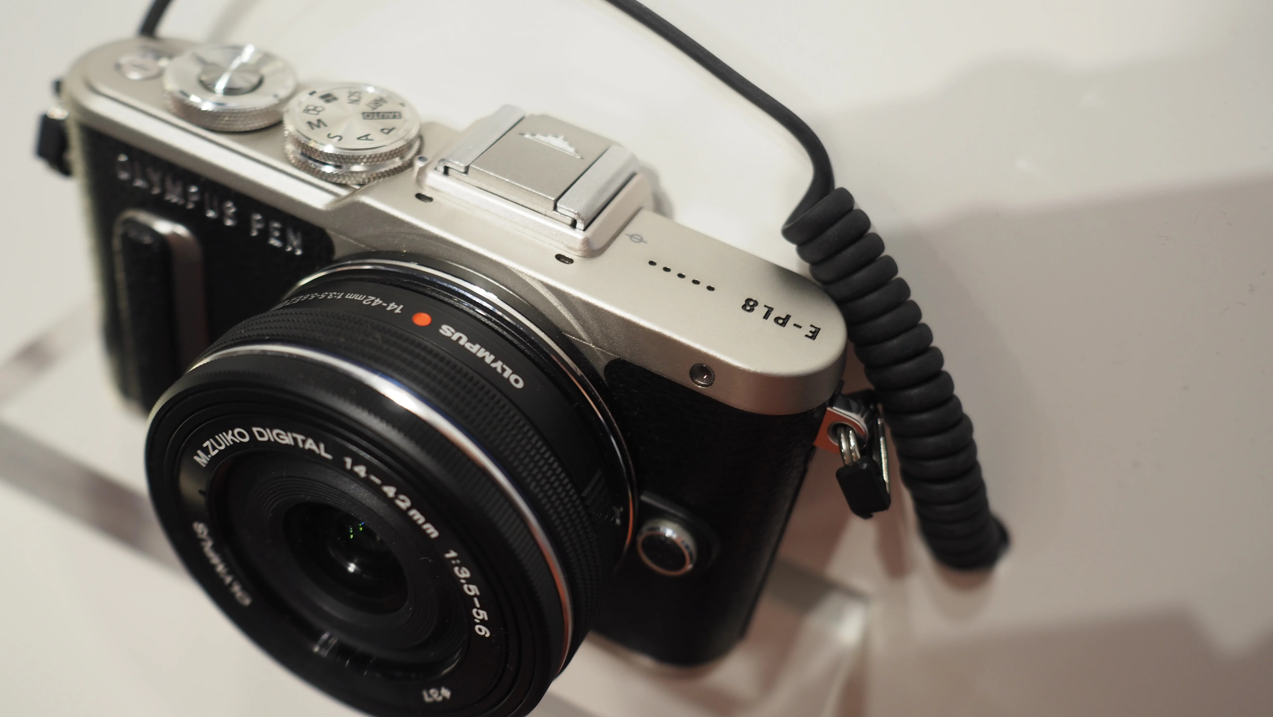 Olympus PEN E-PL8 Review   Trusted Reviews