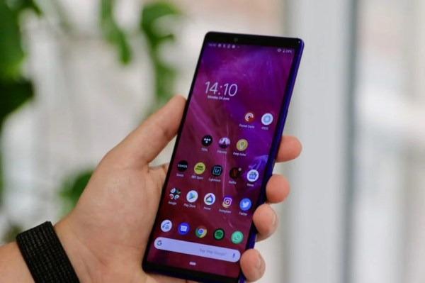 Sony Xperia 1 Review: A unique phone that's for a niche ...