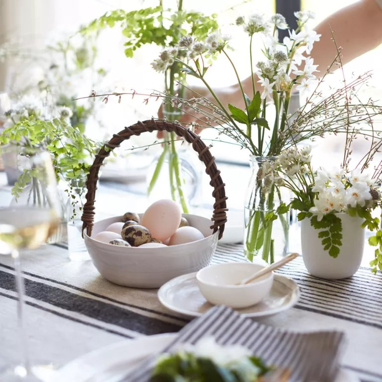 Easter decorating ideas that bring the spirit of spring inside Decorate with eggs
