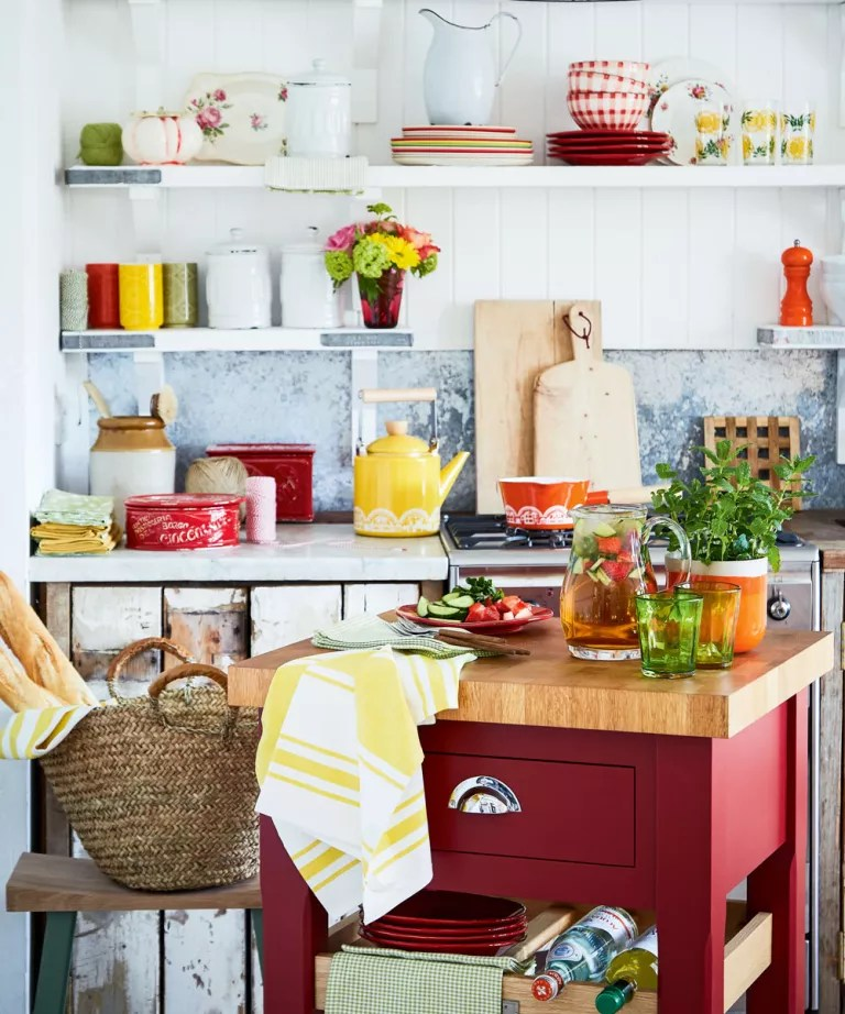 Small kitchen ideas - Tiny kitchen design ideas for small ... on Small Kitchen Ideas  id=71452