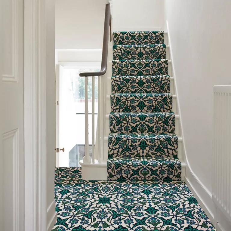 Best Stair Carpets – Our Pick Of The Most Fabulous Flooring For | Flooring For Stairs Not Carpet | Stair Tread | Stain | Staircase Makeover | Bullnose Carpet | Laminate Flooring