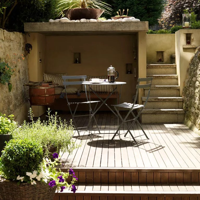 Garden decking ideas for small and large plots on Split Garden Ideas id=71573