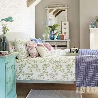 Budget bedroom ideas - Cheap bedrooms - Budget bedroom decor on Cheap Bedroom Ideas  id=99871