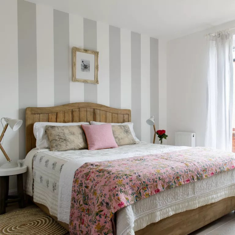 Guest bedroom ideas - guest bedroom designs - Guest bedrooms on Bed Ideas For Small Rooms  id=90634