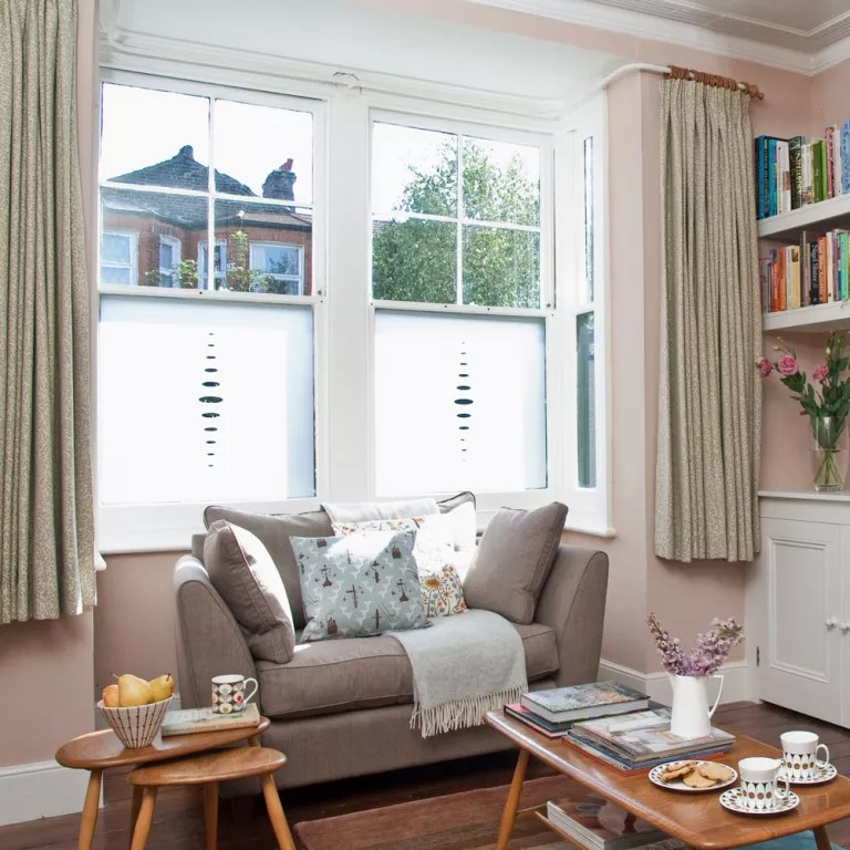Small living room ideas - how to decorate a cosy and ... on Small Living Room Decorating Ideas  id=18464