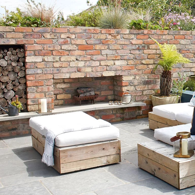 Outdoor fireplaces - ideas and tips for installing a ... on Outdoor Fireplaces Ideas  id=31670