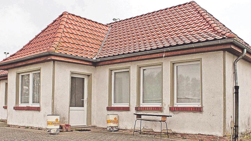Das Immekather Vereinsheim soll in diesem Jahr renoviert werden. Eigentlich sollte dies 2015 passieren, doch die Fördergelder reichten nicht. Für 2016 steht der Verein auf der ersten Position der Prioritätenliste. © Schulz