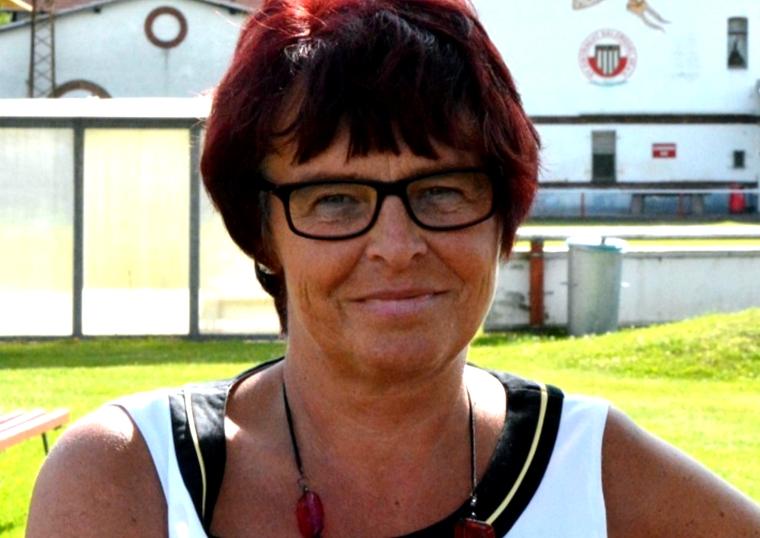 """Katrin Pfannenschmidt ist seit einem Jahr Vorsitzende des SV Eintracht. Ihr macht die Arbeit Spaß, auch weil sie ein """"tolles Team im Hintergrund"""" hat. Foto: Arno Zähringer VOLKSSTIMME"""