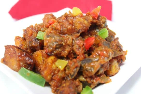 Gizdodo - dodo gizzard  served on white plate.