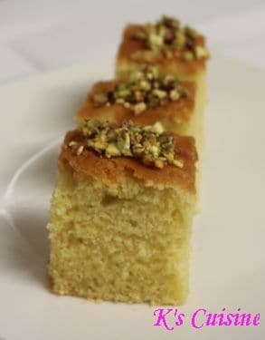 Semolina cake topped with crushed pistachios