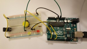 How the Arduino and breadboard are connected