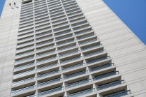 Participants at the Over the Edge for Special Olympics Northern California fundraiser had the rare opportunity of rappelling down the 35-story Grand Hyatt hotel as their reward of raising at least $1,250 on July 21 and 22. Photo by Kevin Skahan.