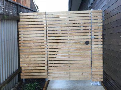 Horizontal batten fence&gate