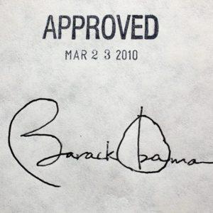 Обамакер, подписанный Обамой, стал головной болью многих: от рядовых американцев до законодателей