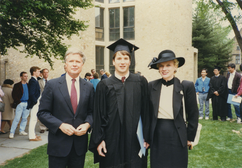 Бретт Кавано с родителями, Йельский университет