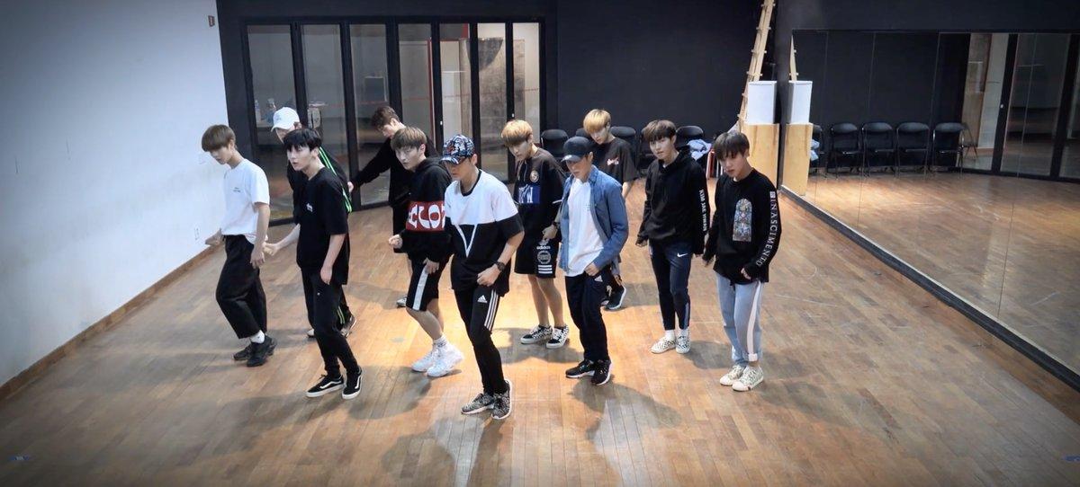 WANNAONE_Dancepractice