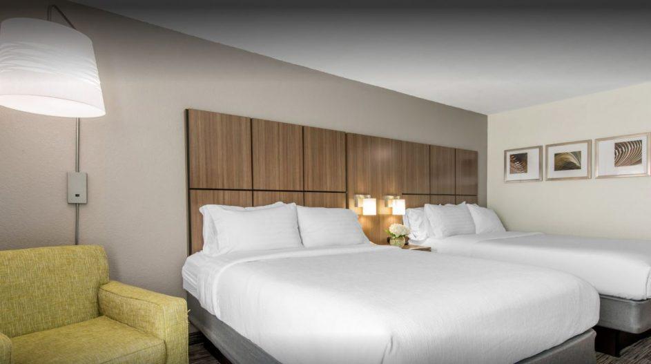 guest room 11
