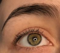 eyebrow w-