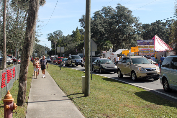 Traffic in Old Homosassa at the 2013 Homosassa Seafood, Art, and Crafts Festival