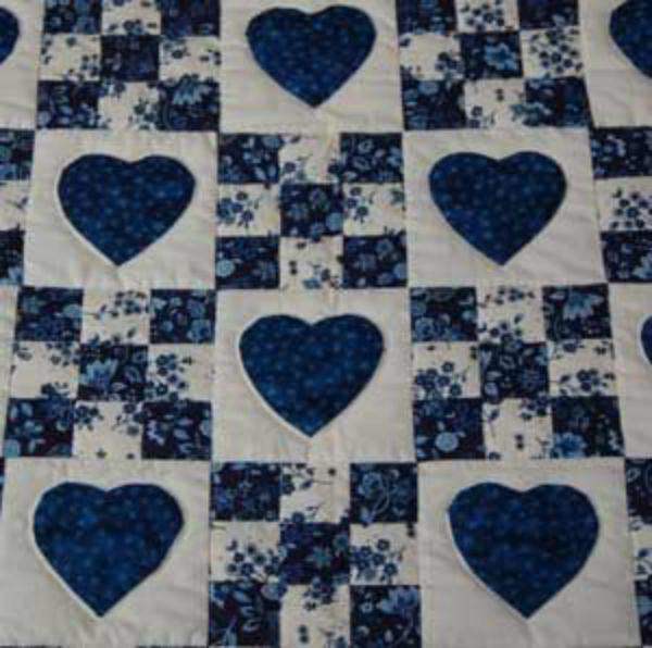Hearts and 9-patch quilt