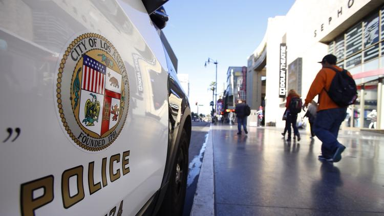 A Los Angeles Police Department cruiser is shown in a file photo from 2015. (Credit: Al Seib / Los Angeles Times)