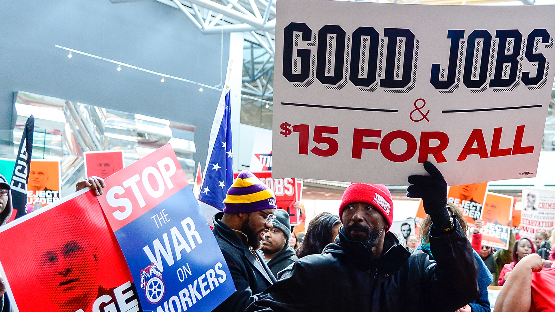 Protesters rally for higher working wages on February 13, 2017, in Kansas City, Missouri. (Credit: Jeff Curry/Getty Images)