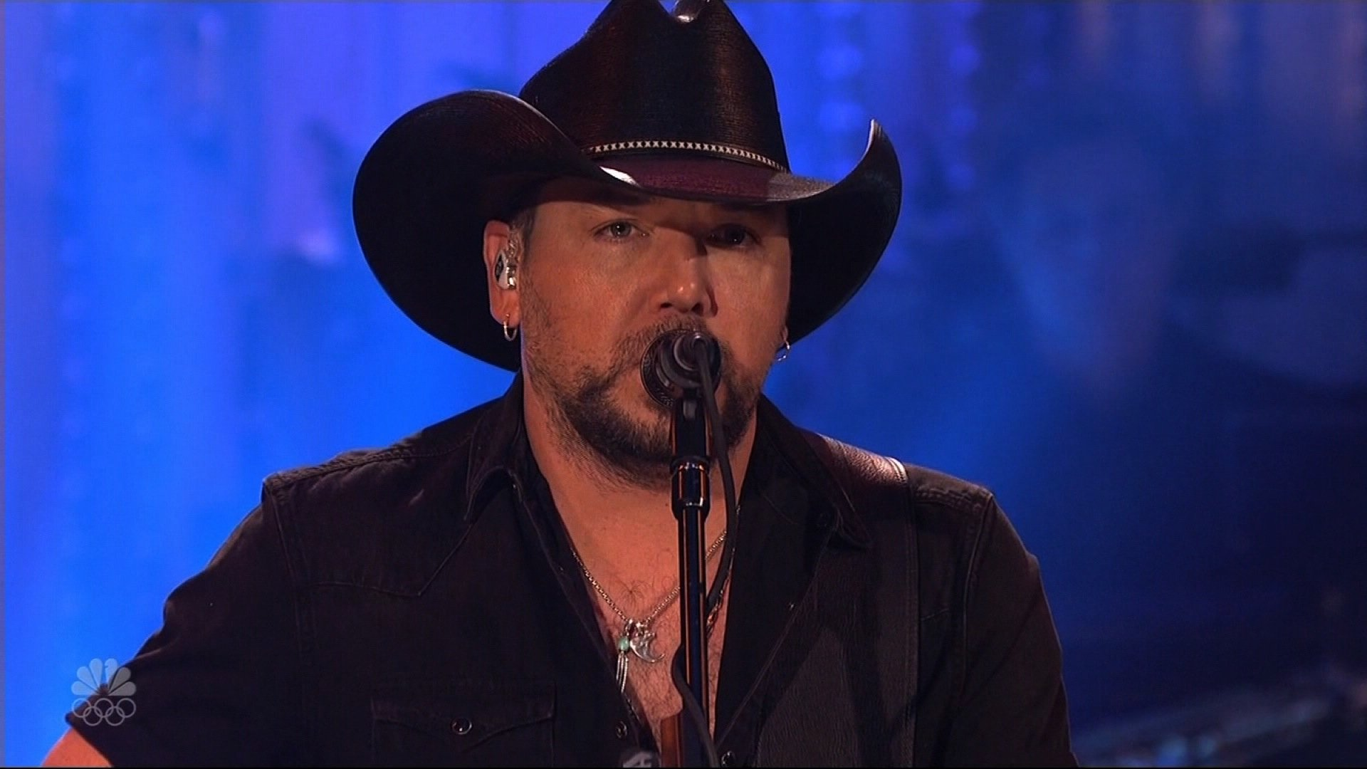 """Jason Aldean opened his set for SNL with a tribute to the victims of the mass shooting in Las Vegas. He then performed Tom Petty's """"I Won't Back Down"""" to honor the singer who died Oct. 2, 2017. (Credit: NBC via CNN)"""