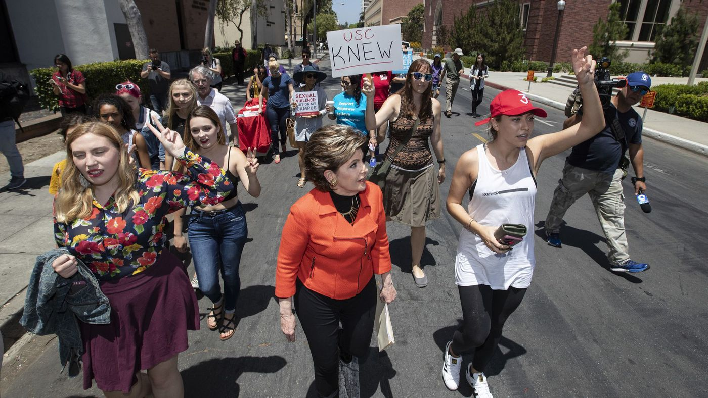 Famed women's rights attorney Gloria Allred joins student protesters in a march on June 9, 2018, amid several allegations of sexual misconduct against a former gynecologist at the university. (Credit: Brian van der Brug / Los Angeles Times)