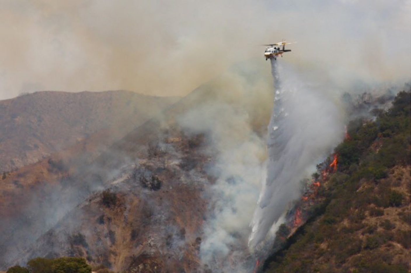 A 45-acre fire in the Burbank on July 7, 2018, had forced the evacuation of 40 homes, an official with the city of Burbank said. (Credit: City of Burbank Twitter account)