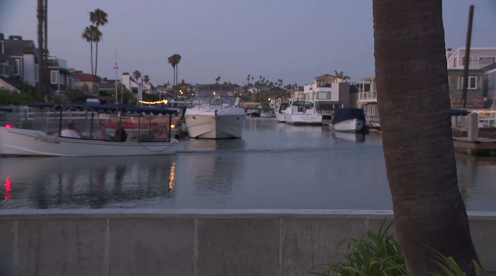 King tides video post on July 14, 2018. (Credit: KTLA)
