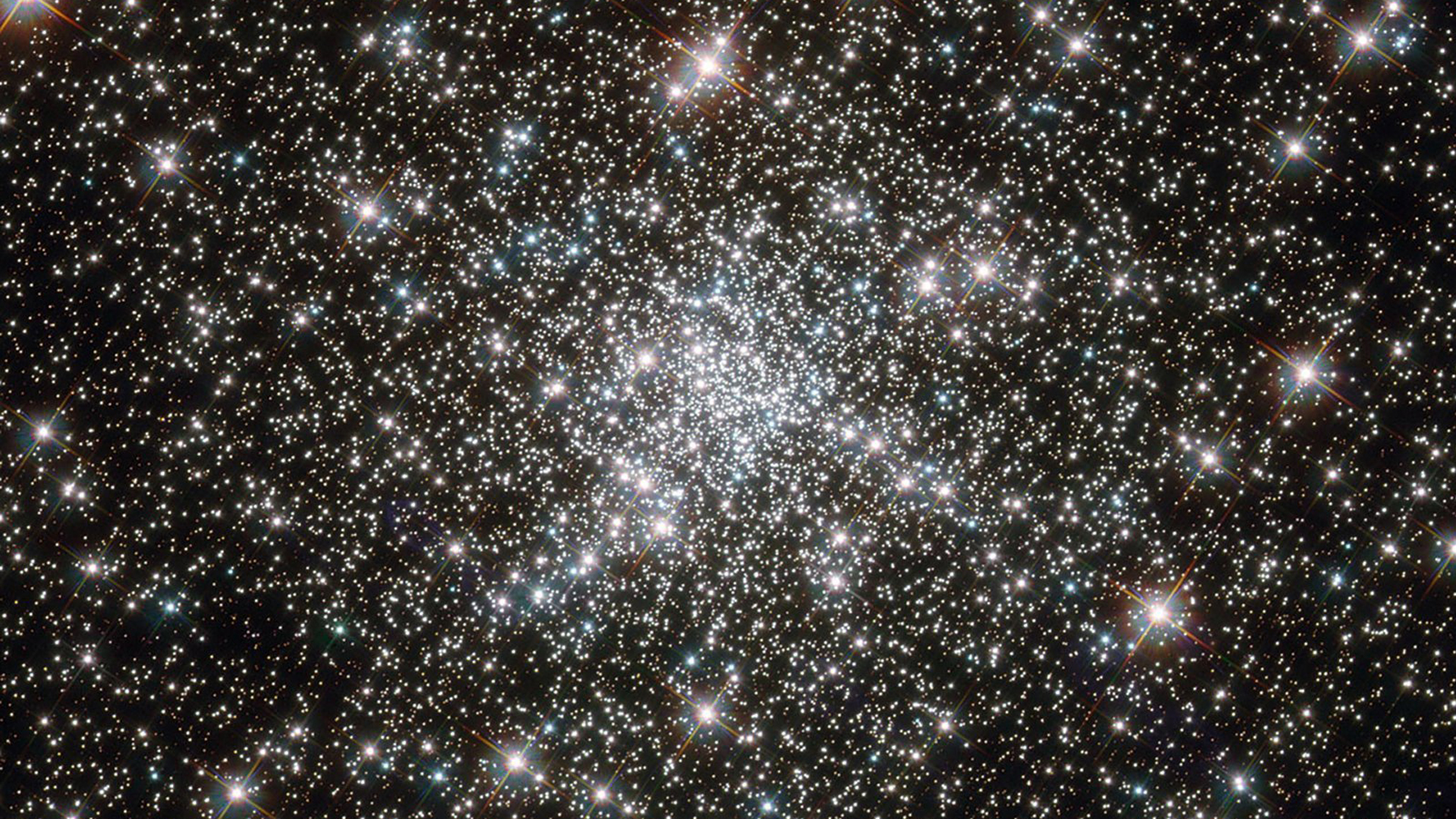An image of a globular cluster of stars by the Hubble Space Telescope. (Credit: NASA)