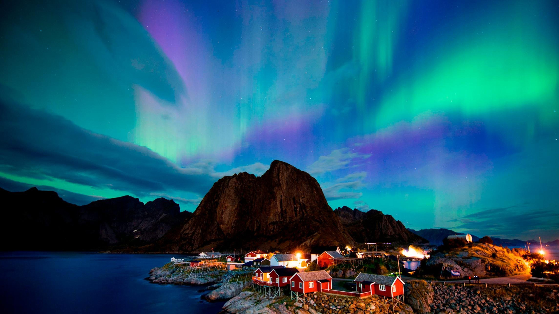 The northern lights are seen in a file photo. (Credit: AFP / Getty Images)