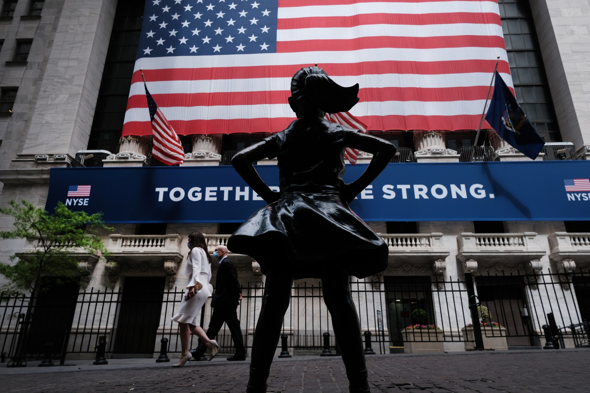 The New York Stock Exchange (NYSE) stands in lower Manhattan on the first day that traders are allowed back onto the historic floor of the exchange on May 26, 2020 in New York City. (Spencer Platt/Getty Images)