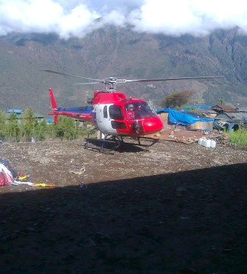 Everest base camp helicopter landing tour Itinerary