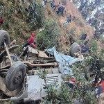 सिन्धुपाल्चोकबाट काठमाडौं आउँदै गरेको बस दुर्घटना