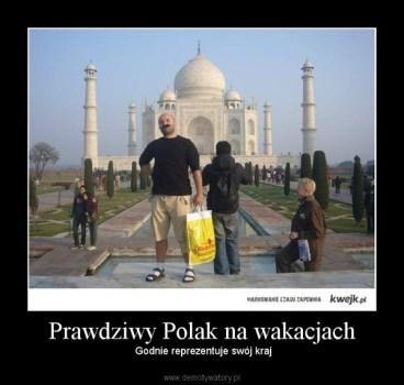 Po czym poznać Polaka na wakacjach?