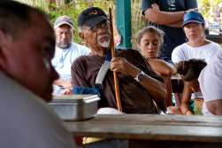 Uncle Jerry at the 2015 Limu Hui Gathering on Molokaʻi. Credit: Kim Moa