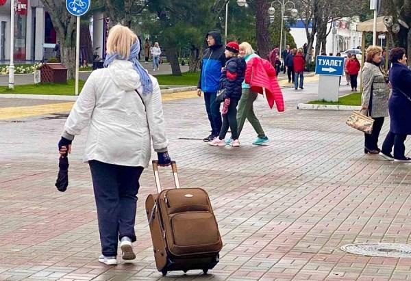 Около 65 тысяч туристов приедут в Геленджик на майские ...