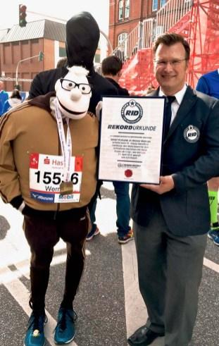 RID-Rekord-schnellster-Marathon-Handpuppe-5kg-2-web