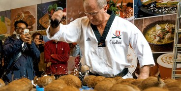 RID-rekord-kokosnuesse-hand0