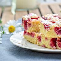 Beeren-Grieß-Kuchen vom Blech.