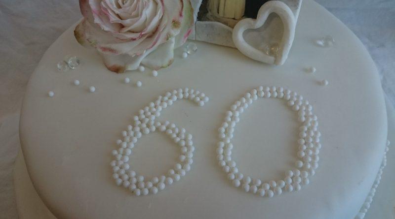 Torte Diamantene Hochzeit, Motivtorte Diamantene Hochzeit, 60. Hochzeitstag, Hochzeitstag, Torte, Motivtorte
