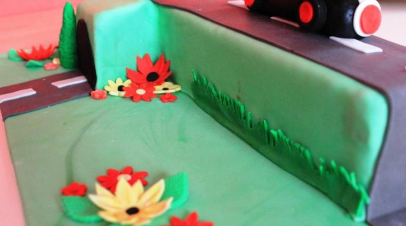 Kindergeburtstag, 1. Geburtstag, Autos, Auto, Torte für Kinder, Torte für Jungs, 1. Geburtstag Motivtorte, 1. Geburtstag Torte