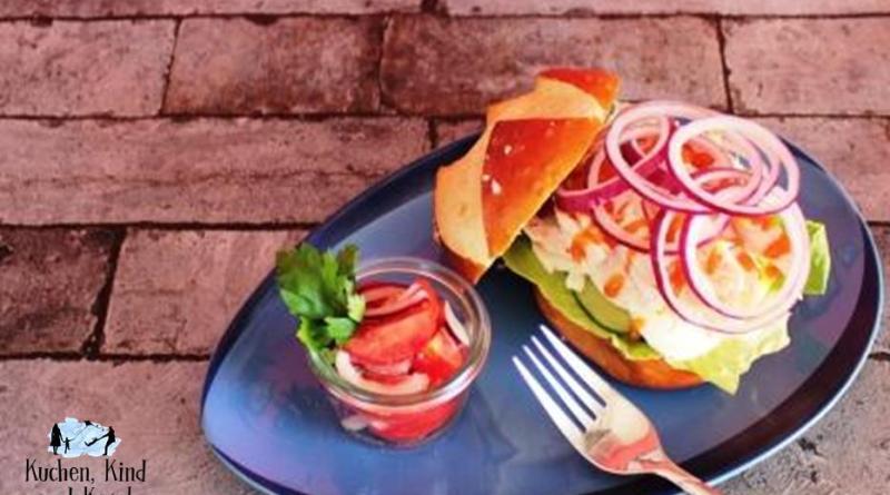 Hähnchen Sandwich als schnelles Abendessen Resteküche
