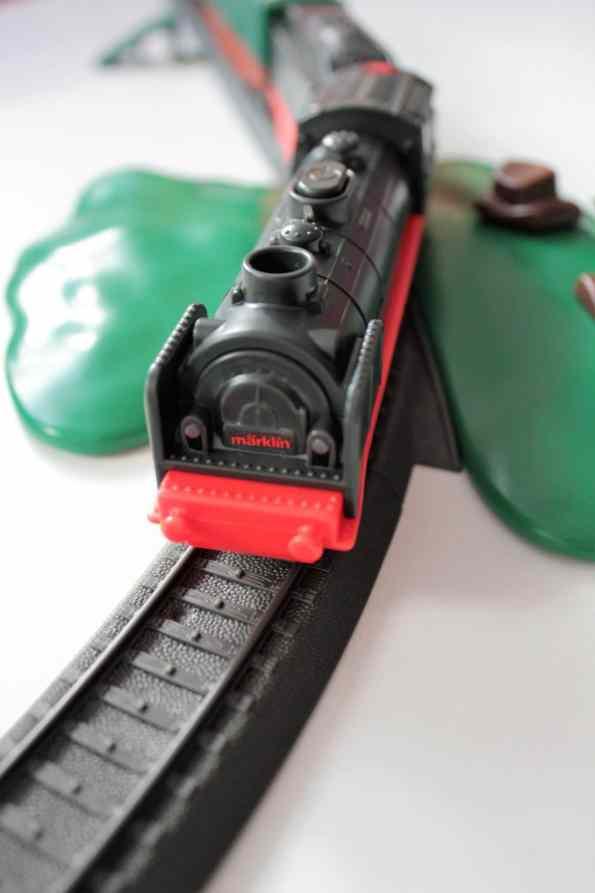 Märklin Eisenbahn, Märklin Zug, Märklin Kinderspielzeug, Spielzeugzug, Eisenbahn, Kinder, Spielen, Zug fahren
