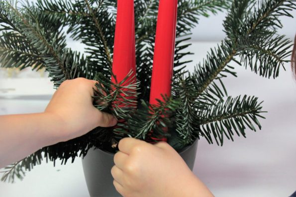 Diy Basteln Mit Kindern Adventsgesteck Zu Weihnachten